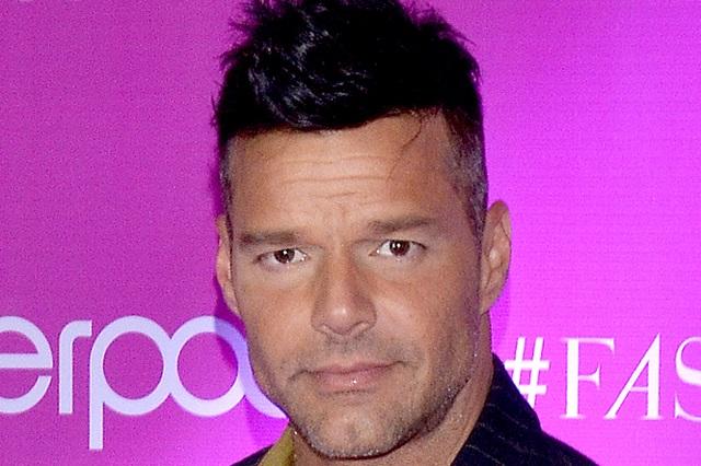 Carrera de Ricky Martin afectó su relación con su padre y así están hoy