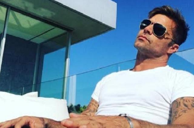 Rumoran que Ricky Martin terminó con su novio y viajó sin él