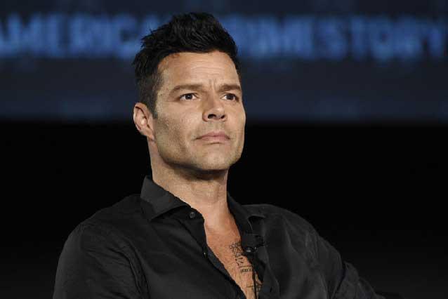 Ricky Martin arranca suspiros con imagen de la serie sobre Versace