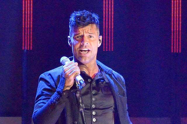 Ricky Martin preocupado por Puerto Rico y solidarizado con México
