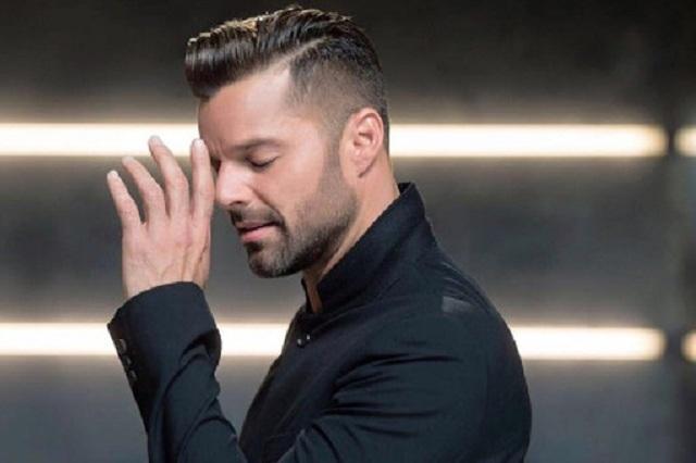 Ricky Martin confiesa que una de sus novias sabía que era gay
