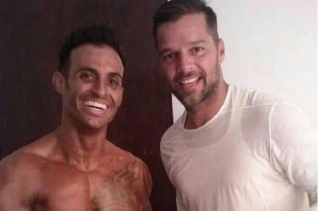 Salta a la fama hermano fisicoculturista de Ricky Martin