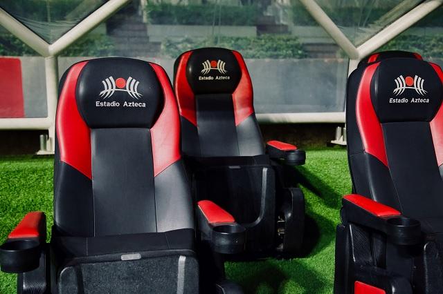 AMLO rifará palco del Estadio Azteca en la Lotería Nacional