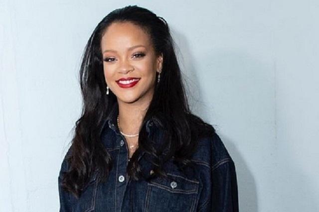 Rihanna vive emotivo reencuentro durante el Mundial de Críquet