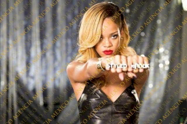Rihanna cancela concierto en Niza tras ataque terrorista