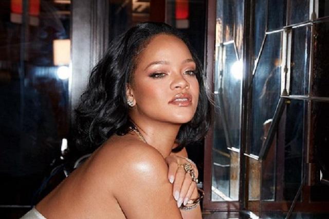 Rihanna lanza colección de ropa interior para hombres