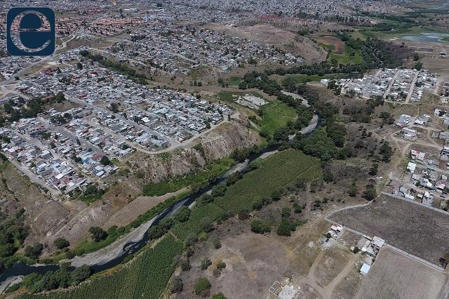 Datos oficiales revelan tardía y pobre atención al río Atoyac