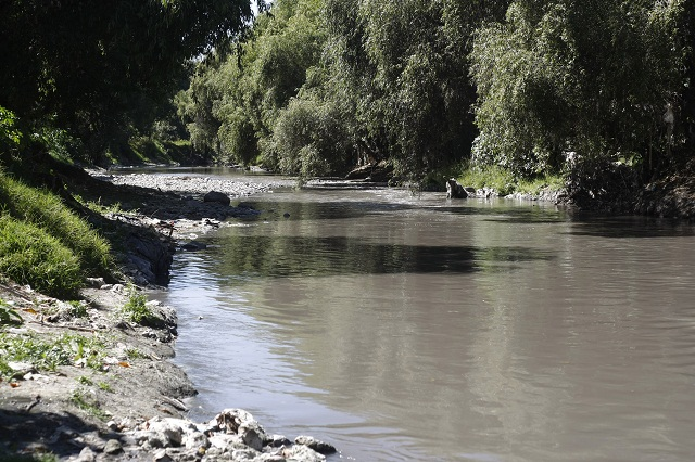 CNDH emite recomendación a Puebla por contaminación del Atoyac