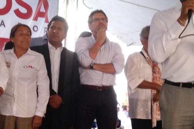 Ex aspirante presidencial, Ríos Piter se sumó al apoyo a Miguel Barbosa