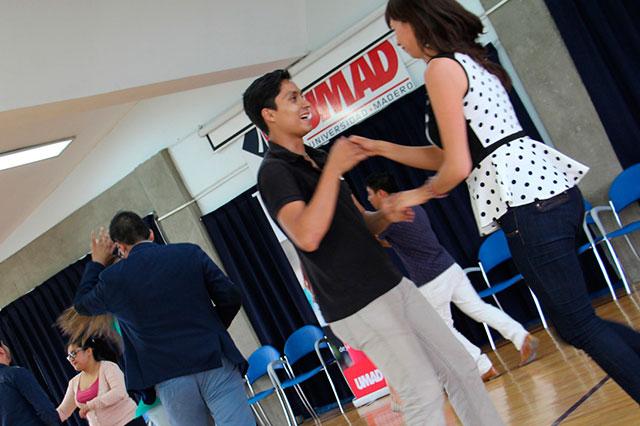 UMAD recauda fondos a ritmo de salsa para campaña altruista