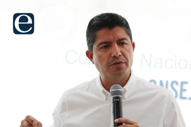 Eduardo Rivera llama a convencer a los indecisos