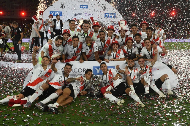 River conquista su segunda Supercopa Argentina con goleada sobre Racing