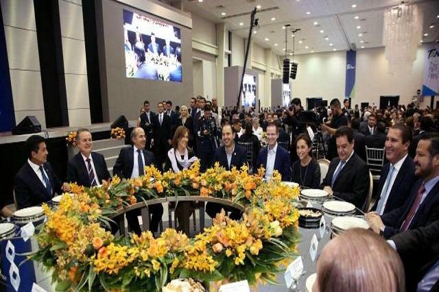 Margarita Zavala gana round de aplausos a Anaya y RMV, según medios