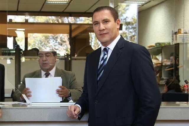 Admite tribunal federal recursos de RMV y Televisa contra INE