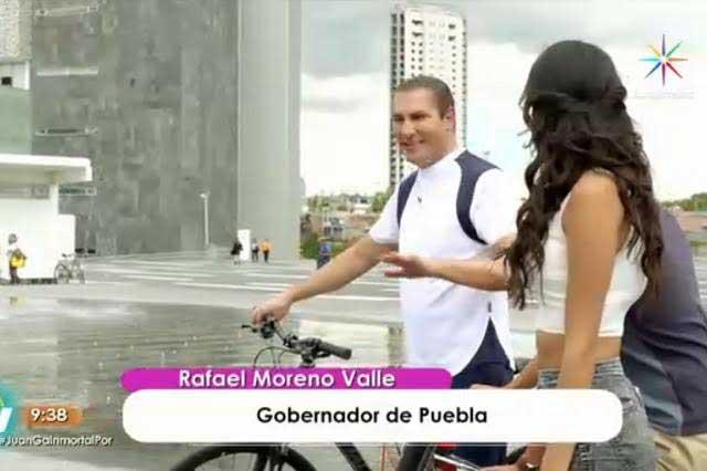 Moreno Valle se sube a la bicicleta y presume corredor turístico en Hoy