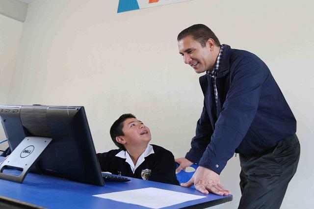 Invertir en educación, la mejor forma de desarrollar al país: RMV