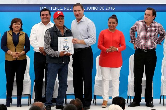 Recorte presupuestal no pospone entrega de obras en Puebla: RMV