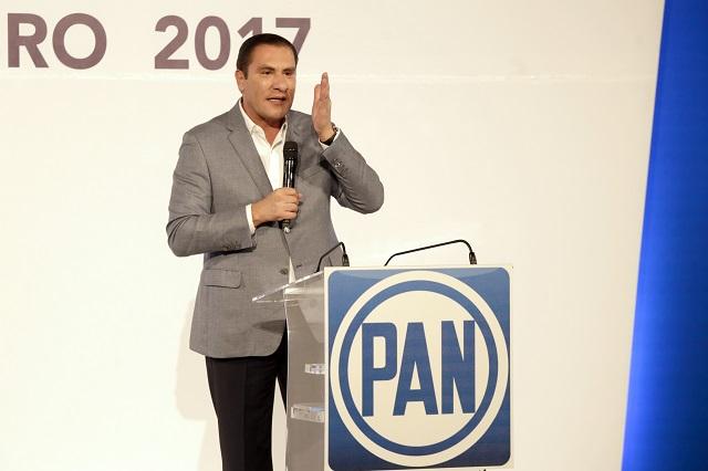 Senador Moreno Valle busca acabar con la opacidad en las legislaturas