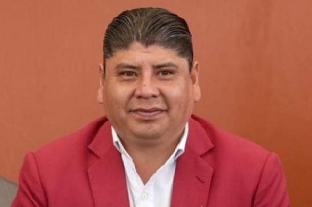 Por mayoría eligen a Roberto Maxil como suplente de Karina Pérez