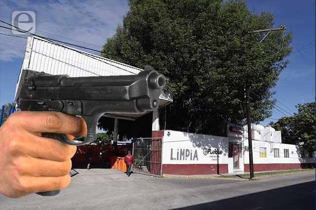 Roban dinero y computadoras en oficina de Limpia en Puebla
