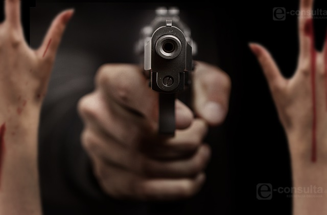 Grupo armado asalta con violencia Elektra Las Cuartillas