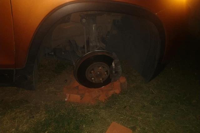 Siguen robos de autopartes en San Andrés Cholula