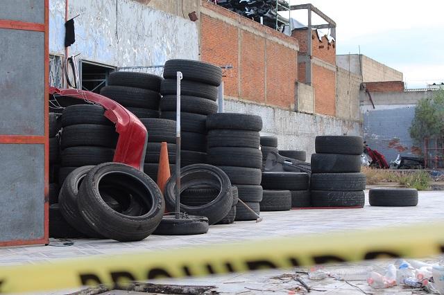 Amarran a trabajadores para robar 6 mdp en neumáticos en Cuautlancingo