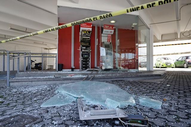 Saquean cajero automático de la 25 Poniente, en Puebla
