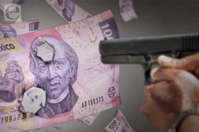 Despojan a cuentahabiente de 341 mil pesos en Palmas Plaza