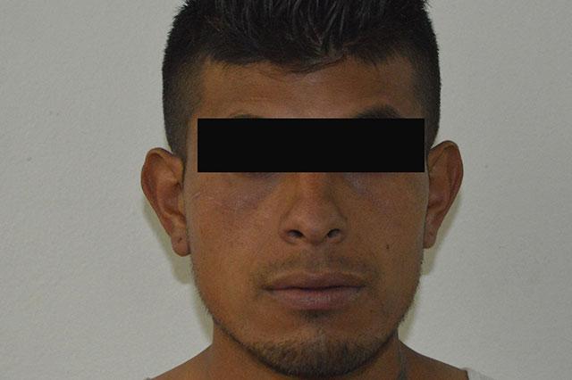 Por robo a transeúnte detienen a joven en la Guadalupe Hidalgo