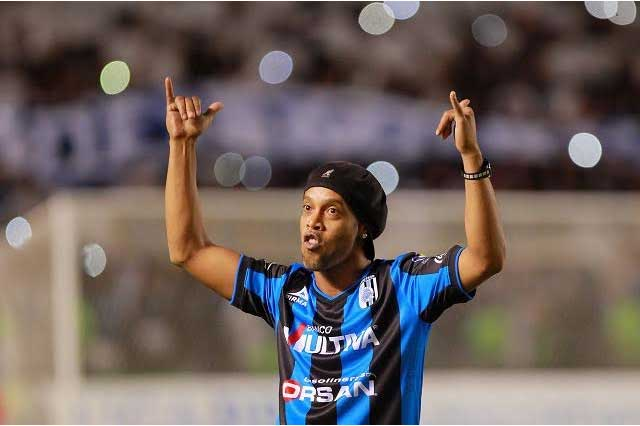 Ronaldinho volverá a jugar en México en diciembre