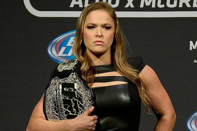 Ronda Rousey dejaría la UFC para ahora incursionar en la WWE