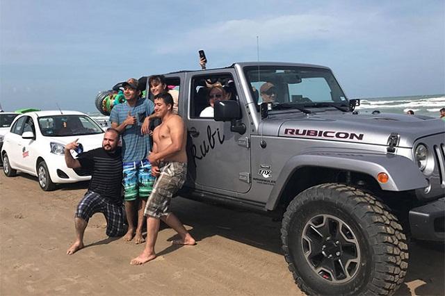 Rubí pasea en vehículo de 600 mil pesos y estrena imagen