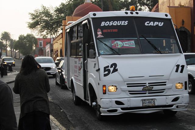 Arranca en Puebla la Línea Rosa de transporte para mujeres