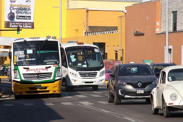 Niega gobierno estatal aumento inmediato al transporte en Puebla