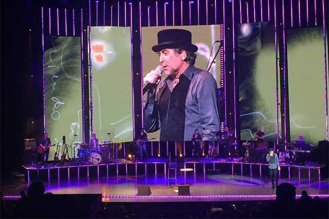 Lo niego todo . . . Joaquín Sabina en concierto en Puebla