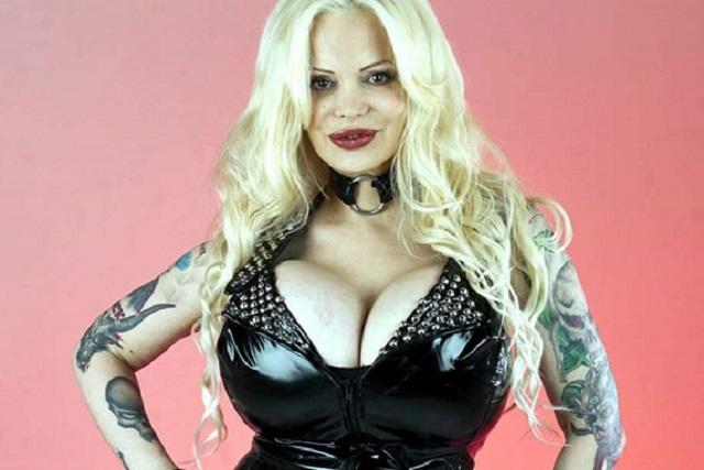 Fans de Sabrina Sabrok le cooperan para sus nuevos implantes