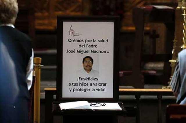 Reportan muerte cerebral del sacerdote apuñalado en Catedral