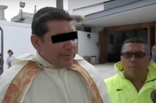 Sacerdote implicado en crimen realizaba exorcismos, dicen seguidores