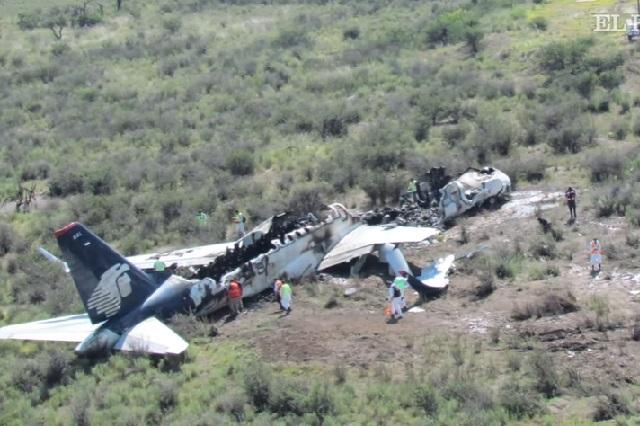 Sobreviviente de avionazo de Durango se pone el padrecito biónico