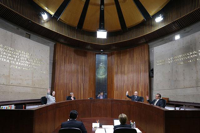 TEPJF: Comisión del INE no puede regular liquidación de partidos