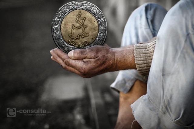 Ganan apenas 205 pesos diarios 6 de cada 10 poblanos