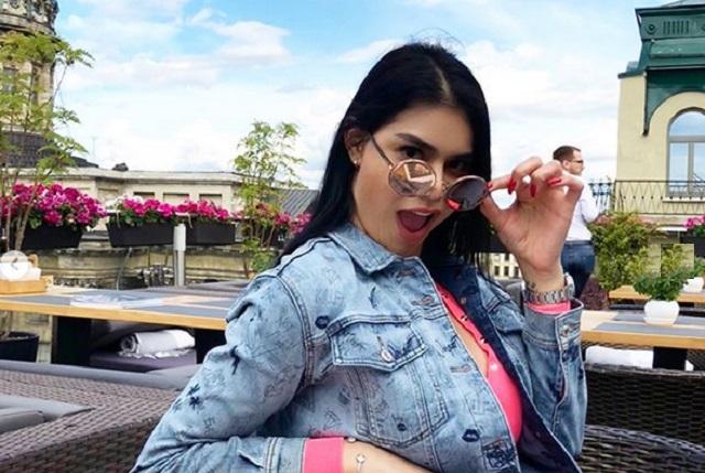 10 fotos de la sexy hermana incómoda de Carlos Salcedo