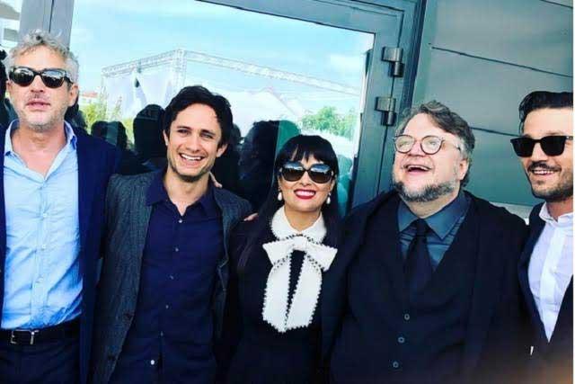 Salma Hayek orgullosa del talento vocal de Gael García en Cannes