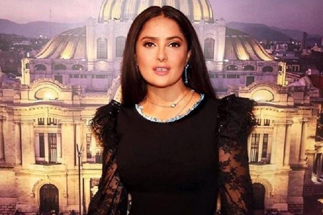 Salma Hayek espera que Yolanda Andrade le cuente de su boda con Verónica Castro