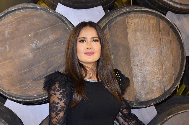 Salma Hayek podría declarar en juicio de Harvey Weinstein
