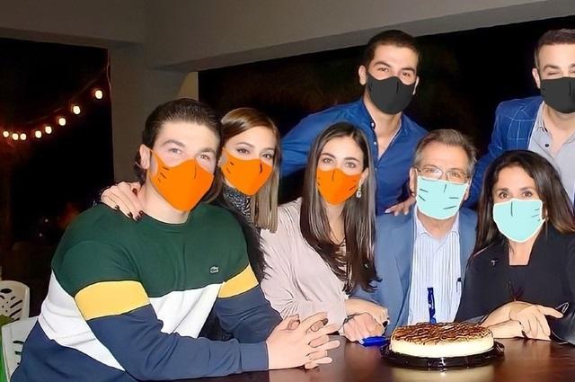 El senador Samuel García usa cubrebocas de Photoshop