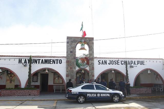 Remolinos y granizada dejan daños en San José Chiapa