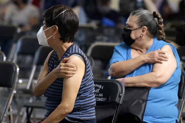 Adultos mayores de 5 municipios poblanos recibirán vacuna china