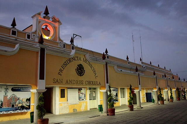 Gobierno donará 10 hectáreas a San Andrés Cholula para oficinas